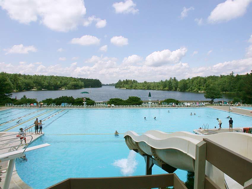 Lake Naomi - Poconos - Lake Naomi Pool