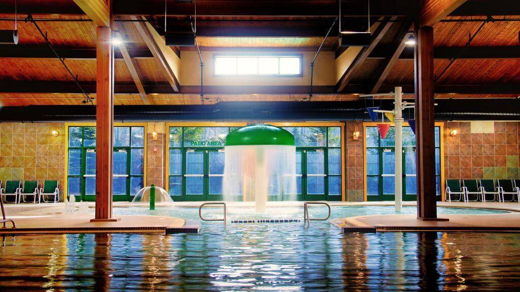 Lake Naomi - Poconos - Lake Naomi Indoor Pool And Spray Park
